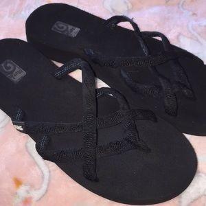 Women's 8 Black Teva Flip Flops Sandals